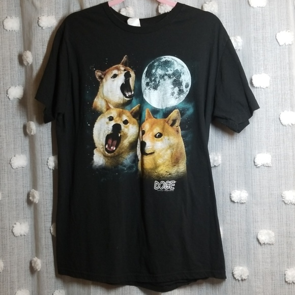 Doge Other - 3 Doge Night Howling Wolf Shirt size L Much Shirt